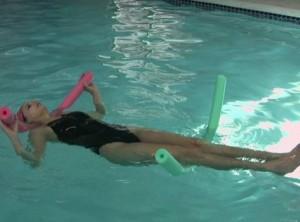 Плавание на спине при грыже
