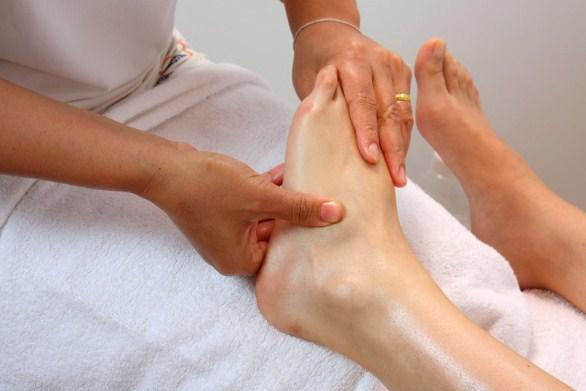 Как убрать ногти на ногах с грибком