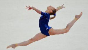 Вольные упражнения гимнастка