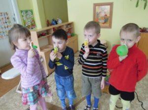 Детские упражнения на надувание