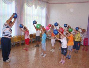 Занятия с мячиками
