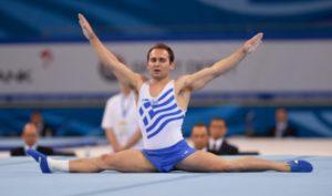 Спортсмен на вольных упражнениях